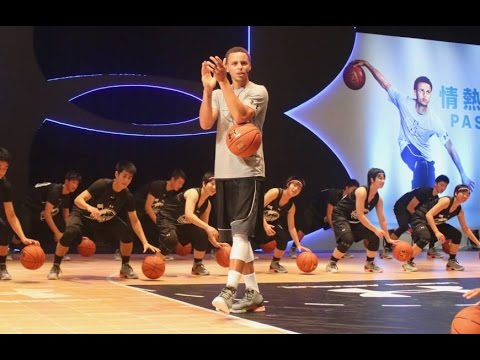 #StephenCurry teaches his Dribbling Skills, Floaters & 3-Pointers (2015 Tokyo UA tour)