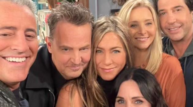 #Friends Reunion Live now